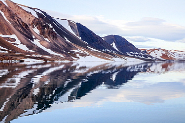 Coastal mountains, Heclahamna, Sorgfjorden, Svalbard, Norway