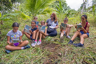 Conservationist, Sarah Kennedy, teaching local school children about sloth conservation, Sloth Conservation Foundation, Puerto Viejo de Talamanca, Costa Rica