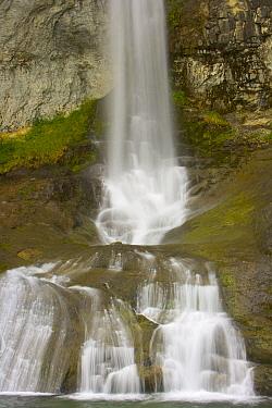 Waterfall, Arroyo del Salto River, Los Glaciares National Park, Patagonia, Argentina