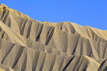 Cliffs, Strike Valley, Capitol Reef National Park, Utah