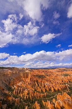 Hoodoos and cumulus clouds, Bryce Canyon National Park, Utah