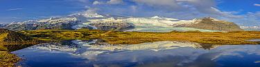 Coastal mountains, Fjallsarlon, Iceland