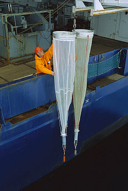 Researcher with net for collecting Zooplankton, Ispol expedition, Weddell Sea, Antarctica  -  Ingo Arndt