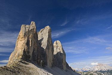 Tre Cime di Lavaredo, Dolomiti di Sesto National Park, Dolomites, Italy  -  Ingo Arndt