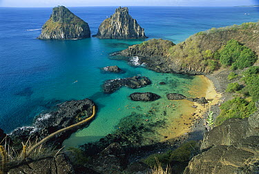 Dois Irmaos Island, Fernando De Noronha Island National Park, Brazil  -  Luciano Candisani