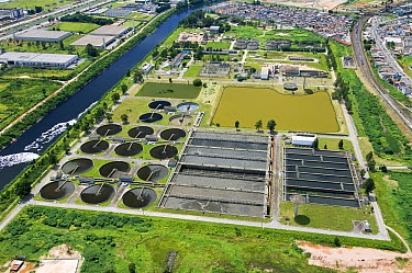 Aerial view of treatment plant, Barueri, Sao Paulo, Brazil  -  Luciano Candisani