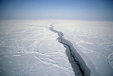 Pressure ridges and lead in Arctic Ocean, Canada  -  Jim Brandenburg
