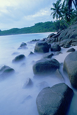 Coral sand beaches with unique granite formations, Seychelles, Indian Ocean  -  Norbert Wu
