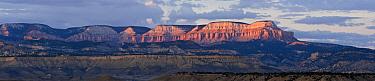 Buttes at dusk, Escalante, Utah  -  Jan van Arkel/ NiS