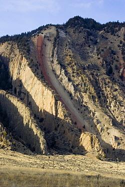 The devils slide,An interesting geological rock formation near Gardiner Montana  -  David Hosking/ FLPA