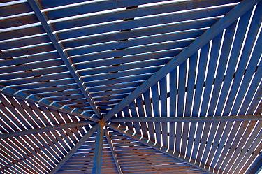 Slatted blue wooden sunshade over table in coastal restaurant, south of Agadir, Morocco  -  Jo Halpin Jones/ FLPA