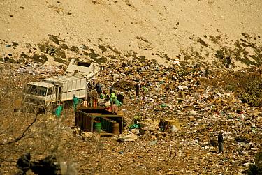 Municipal rubbish dump in abandoned quarry, zero management, Grahamstown, Eastern Cape, South Africa  -  Chris and Tilde Stuart/ FLPA