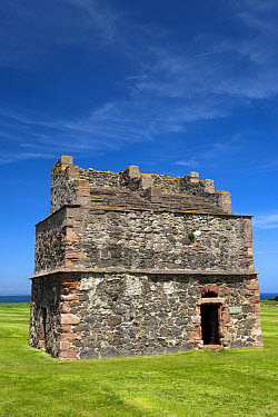 Dovecot at Tantallon Castle, ancient castle of Douglas clan, North Berwick, East Lothian, Scotland, may  -  Wayne Hutchinson/ FLPA