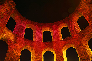 Ruins of Roman baths illuminated at night, Kaiserthermen (Imperial Baths), Trier, Rhineland-Palatinate, Germany, august  -  Bernd Rohrschneider/ FLPA