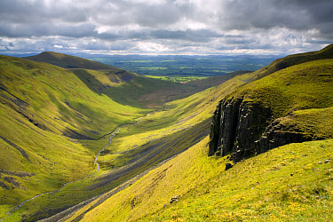 View of U-shaped valley, looking towards Eden Valley, High Cup Nick, North Pennines, Cumbria, England, may  -  Marc Bedingfield/ FLPA