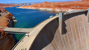 Hydroelectricity and river flow regulation dam with reservoir, Glen Canyon Dam, Lake Powell, Colorado River, Arizona, U.S.A., may  -  Martin Withers/ FLPA