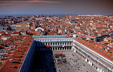 St. Mark's Square, Venice, Italy  -  OceanPhoto/ FLPA