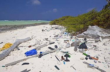 Rubbish washed up on beach, Bikini Beach, Marshall Islands, Bikini Atoll, Micronesia, Pacific Ocean  -  Reinhard Dirscherl/ FLPA