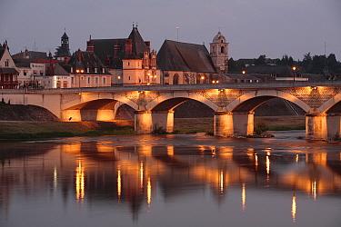 Bridge over the river at Amboise lit up at dusk Loire Valley, France  -  Juan Manuel Borrero/ npl