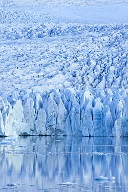 Fjallsarlon glacial lake, edge of Vatnajokull glacier with reflections, Vatnajokull NP, Iceland, June 2009  -  Guy Edwardes/ npl