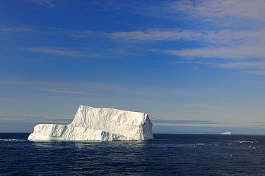 Iceberg in Davis Strait off south Baffin island, Nunavut, Canada, August 2010  -  Eric Baccega/ npl
