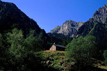 Aigues Tortes, St Mauricio NP, a hikers shelter in the Pyrenees Spain  -  Jose B. Ruiz/ npl