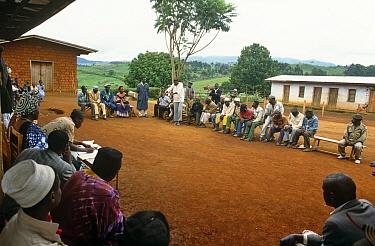 Village meeting, Bamenda Highlands, North West Province, Cameroon  -  Nigel Bean/ npl