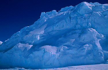 Iceberg Cape Darnley Antarctica  -  Pete Oxford/ npl