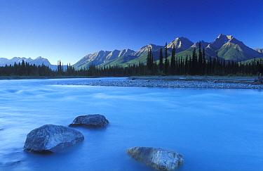 Kootenay River, Kootenay National Park, British Columbia, Canada  -  David Noton/ npl