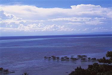 Bajau people stilthouse village off coast, Sabah, Borneo, Malaysia  -  Jurgen Freund/ npl