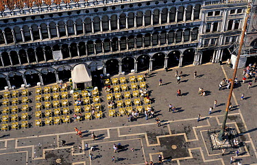 Aerial view of St Mark's square, Venice, Italy  -  Frank Tomlinson/ npl