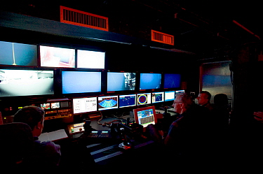 ROV (Remotely operated vehicle) Isis Control room on board James Cook research vessel for research into mid Atlantic ridge, May 2005  -  David Shale/ npl