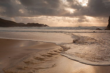 View looking out to sea from the beach, Traigh Mangerstadh, Isle of Lewis, Outer Hebrides, Scotland, UK, October 2010  -  Peter Cairns/ 2020V/ npl