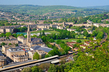 Overview of Bath city showing Bath Spa railway station, St John's Church and the Recreation ground, Somerset, UK, April 2011  -  Nick Upton/ npl