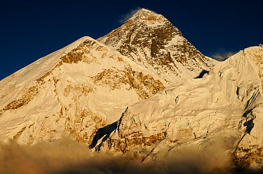 Everest (8848m) at sunset, Sagarmatha National Park (World Heritage UNESCO) Khumbu, Everest Region, Nepal, Himalaya, October 2011  -  Enrique Lopez Tapia/ npl