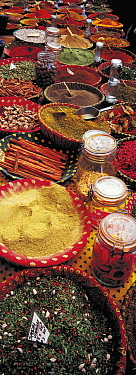 Spice market, Aix en Provence, France  -  Pal Hermansen/ npl