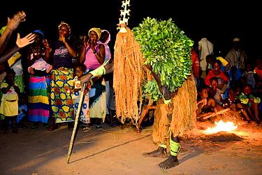 Traditional dance performed by Tanda people, Iemberem village, Cantanhez National Park, Guinea-Bissau, December 2013  -  Enrique Lopez Tapia/ npl