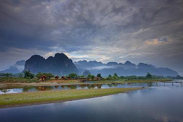 The Nam Song River at Vang Vieng, Laos, March 2009  -  David Noton/ npl