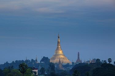 Shwedagon Pagoda in distance, Yangon, Myanmar November 2012  -  David Noton/ npl
