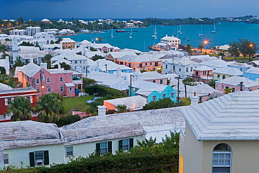 Elevated view at dusk over the harbour and white stone roofed pastel coloured buildings of historical town of St George, an UNESCO World Heritage Site, St George's Parish, Bermuda 2007  -  Gavin Hellier/ npl