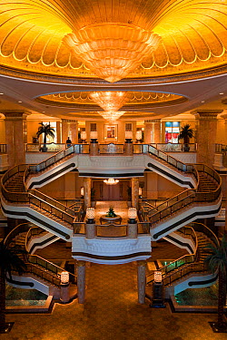 Ornate interior of the Luxury Emirates Palace Hotel, Abu Dhabi, United Arab Emirates, Arabia 2010  -  Gavin Hellier/ npl