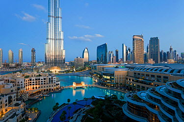 The Burj Khalifa with luxury development below, completed in 2010, the tallest man made structure in the world, Dubai, United Arab Emirates 2011  -  Gavin Hellier/ npl