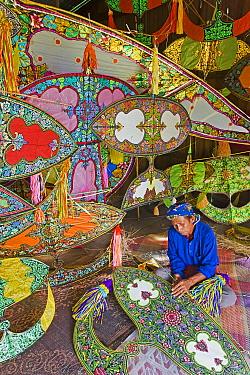 Master Kite-maker constructing his world famous Kites, Kota Bharu, Kelantan State, Malaysia, 2008 image Model and Property released  -  Gavin Hellier/ npl