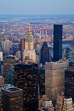 Elevated view of mid-town Manhattan, New York City, USA 2009  -  Gavin Hellier/ npl