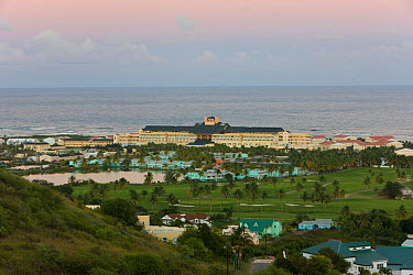 Elevated view over Frigate Bay and the Marriott resort on St Kitts Southeast peninsula, St Kitts, St Kitts and Nevis, Leeward Islands, Lesser Antilles, Caribbean, West Indies 2008  -  Gavin Hellier/ npl
