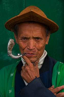 Adi Gallong man in cane hat, Adi Gallong Tribe, Arunachal Pradesh, North East India, November 2014.