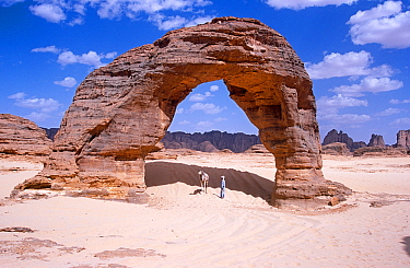 Rock arch in the far north of Niger, 2005.