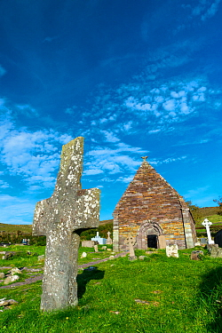 Kilmalkedar Monastery and graveyard, Dingle Peninsula, County Kerry, Ireland, Europe. September 2015.