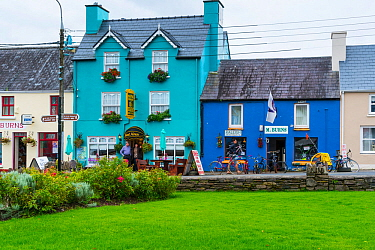 Colourful painted house facades in Sneem Village, Ring of Kerry Trail, Iveragh Peninsula, County Kerry, Ireland, Europe. September 2015.