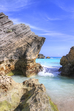 Small cove with sedimentary cliffs, Bermuda, October 2015
